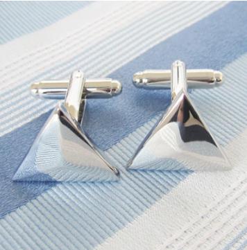 Manžetové knoflíčky stříbrný trojúhelník